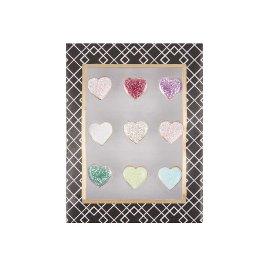 Drawing pins heart