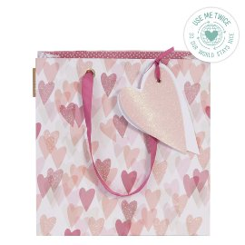 Gift bag heart berry