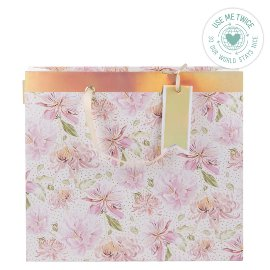 Gift bag magnolia pattern