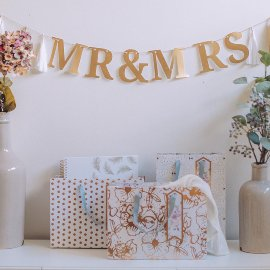 Mr. & Mrs. Paper Garland Wedding