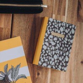 Notebook A6 boyy lady leoprint