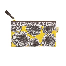 Pouch blossoms yellow